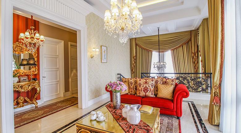 Living Room Apartemen Rumah Klasik (Malibu)